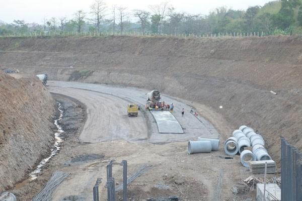 Pembangunan jalan tol Pandaan-Malang di Jawa Timur. Gambar diambil pada Senin (17/9/2018). - Istimewa/PT Jasa Marga (Persero)