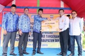6 SD di Banten Terima Bantuan Buku dan Mebel