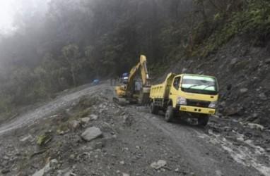Sempat Terhenti, Pembangunan Jalan Trans Papua Dilanjutkan