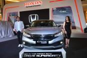 New Honda Civic Tampil Baru, Performa dan Harga Tetap
