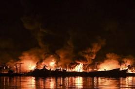 Kebakaran Muara Baru, Kapal Pemicu Api Dinaikkan Dok…