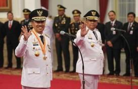 Sertijab, Wan Thamrin Titip Dua Program ke Gubernur Riau Syamsuar