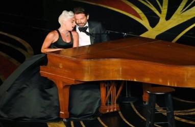 Akhirnya, Lady Gaga Tanggapi Gosip Pacaran dengan Bradley Cooper
