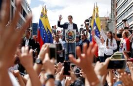 Berisiko Ditangkap, Guaido Tiba Kembali di Venezuela