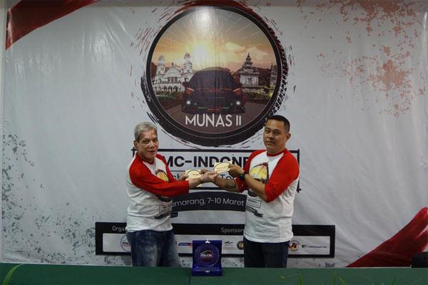 Ketua Umum IMCI (demisioner) Gatot Guntaryo, dan Ketua Umum IMCI Aloysius Jenner.  - IMCI