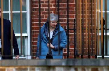 Theresa May Kalah, Logam Dasar LME Merekah
