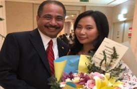 Menteri Arief Yahya & Imam Nahrawi Apresiasi Karya  Livi Zheng