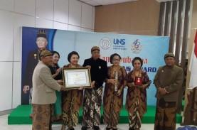 UNS Beri Penghargaan untuk Sinuhun Paku Buwana XII