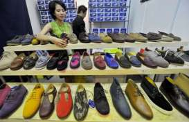 Dorong Santri Wirausaha, Kemenperin Sumbangkan Mesin Industri Alas kaki