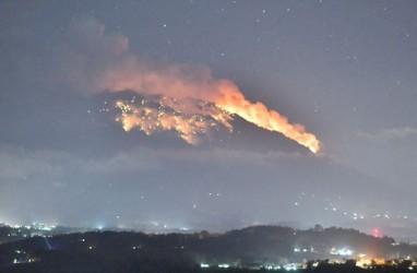 Erupsi Gunung Agung Mereda, Penerbangan Diminta Tetap Waspada