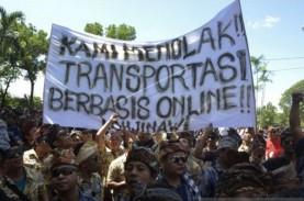 Bentrok Taksi Online vs Konvensional di Ngurah Rai,…