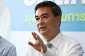 Pemilu Thailand, Ketua Umum Partai Demokrat Mundur
