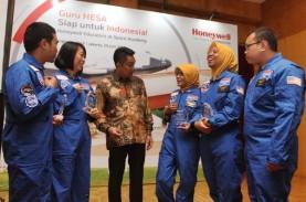 PRESDIR PT HONEYWELL INDONESIA ROY KOSASIH : Berinvestasi…