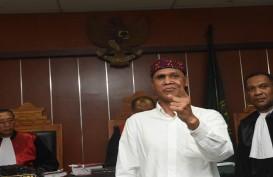 Hercules Marah Saat Akan Hadiri Sidang Putusan di PN Jakarta Barat