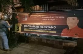 Bawaslu Semarang Tertibkan Alat Peraga Kampanye Melanggar