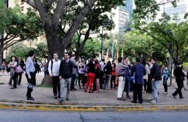 Listrik Kembali Padam, Warga Caracas Protes di Jalan