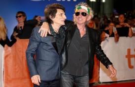 Rolling Stone Tunda Tur, Mick Jagger Dikabarkan Operasi Jantung