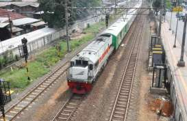Isra Mikraj: Antisipasi Kegiatan di Monas, Kereta Jarak Jauh Naikkan Penumpang dari Stasiun Jatinegara