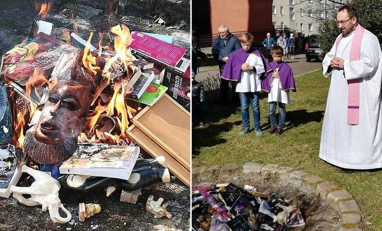 Imam Katolik di Polandia membakar buku-buku yang dianggap mempromosikah ilmu sihir, termasuk salah satunya adalah novel populer Harry Potter karya JK Rowling. - The Guardian