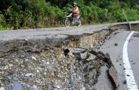 Jalan Paralel di Entikong Longsor, Akses ke Perbatasan Lumpuh
