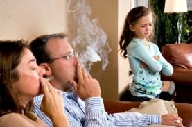 Pemkot Surabaya Tegur Perokok di Tempat Umum