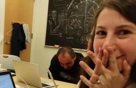 Katie Bouman, Sosok di Balik Foto Lubang Hitam Pertama di Dunia