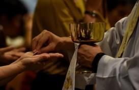 Ibadah Paskah di Gereja Katedral Lancar dan Khidmat