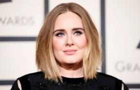 Penyanyi Adele Berpisah dengan Suami