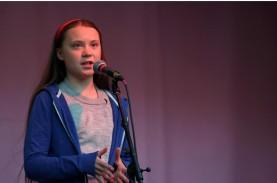 Remaja 16 Tahun Pegiat Lingkungan Pimpin Demonstrasi…