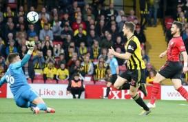Hasil Liga Inggris : Long Cetak Rekor Gol 7,69 Detik, Spurs Aman di Zona Champions