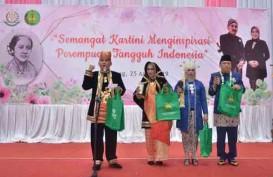 Kejati Jateng Peringati Hari Kartini dengan Berpakaian Adat Nusantara