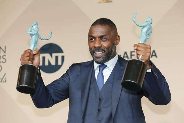 Idris Elba di ajang Screen Actors Guild Awards 2016 - Reuters/Mike Blake