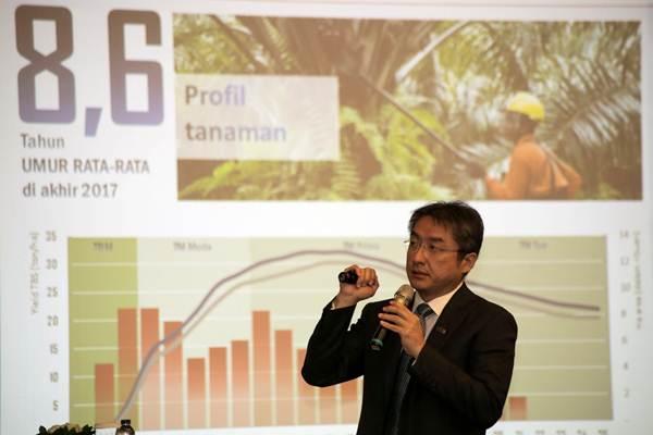 Direktur Utama PT Dharma Satya Nusantara (DSN) Tbk. Andrianto Oetomo memberikan paparan dalam paparan publik DSN, di Jakarta, Senin (2/4/2018). - JIBI/Felix Jody Kinarwan