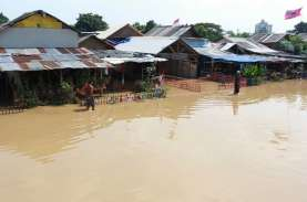 Hujan Deras Saat Kemarau Karena Gangguan Iklim