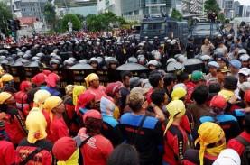 Rusuh Hari Buruh di Bandung, Dua Orang dari Kelompok…