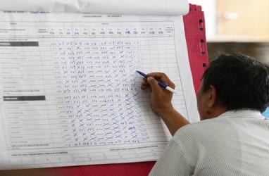 Penghitungan KPU: Jokowi Sementara Unggul di 15 TPS Luar Negeri, Prabowo 4