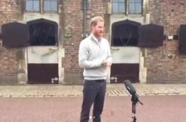 Gembiranya Pangeran Harry Kabarkan Kelahiran Putra Pertamanya