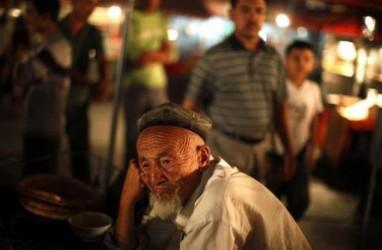 Kisah Minoritas Muslim di Xinjiang Hadapi Tekanan Saat Ramadan