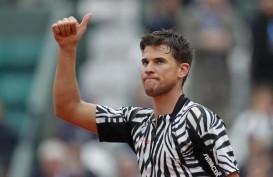 Hasil Tenis Madrid: 2 Kali Match Point, Federer Akhirnya Ditaklukkan Thiem