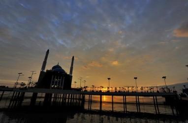Masuki Ramadan, Masjid Terapung Makassar Semakin Elok