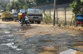 Jelang Mudik, Banyak Jalan di Cianjur Berlubang