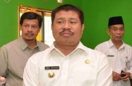 KPK Geledah Kantor dan Rumah Dinas Bupati Bengkalis Amril Mukminin