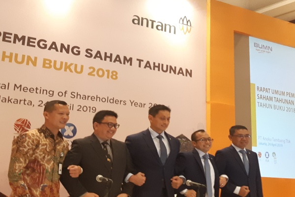 Direksi Aneka Tambang usai RUPS di Jakarta, Rabu (24/4/2019). - Bisnis/Anitana w. Puspa