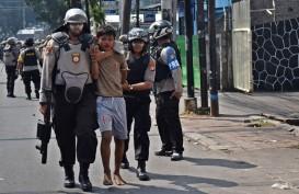 Ibu-ibu Orasi di Dekat Kantor KPU, Indonesia Aman