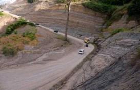 Jalan di Eris Minahasa Tertutup Longsor Sepanjang 45 Meter