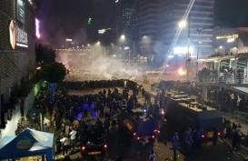 Demo 22 Mei: Kaca Restoran McDonald's di Sarinah Pecah Ditimpuki Demonstran