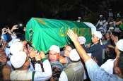 Jenazah Ustaz Arifin Ilham Tiba di Az Zikra Gunung Sindur