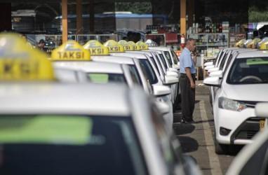 Suspensi Baru Dibuka BEI, Saham Express Transindo (TAXI) Terjun Bebas