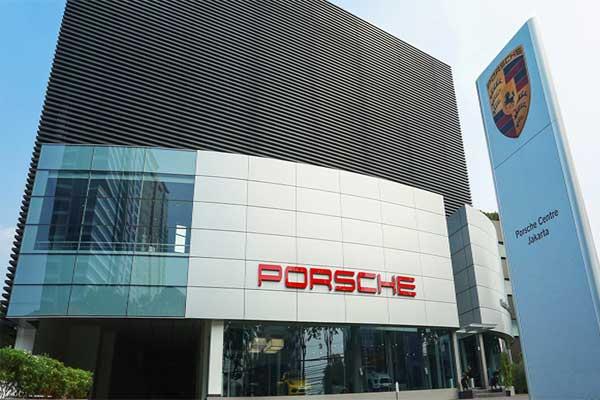 Porsche Centre Jakarta.  - porsche.com