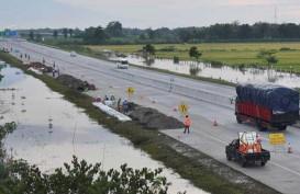 Trans Jawa Tersambung, Tol Ngawi-Kertosono Kebanjiran Pemudik